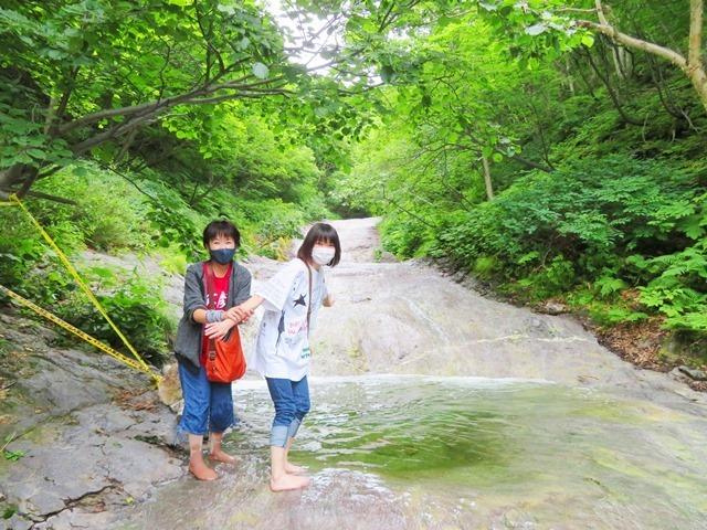 20200707カムイワッカ湯の滝5.JPG